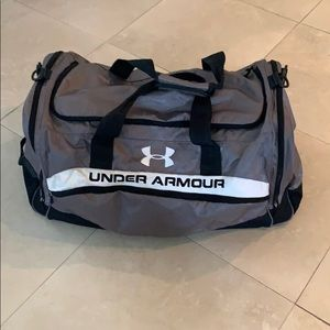 9803162a01 Under Armour Bags - Under armour extra large duffel bag